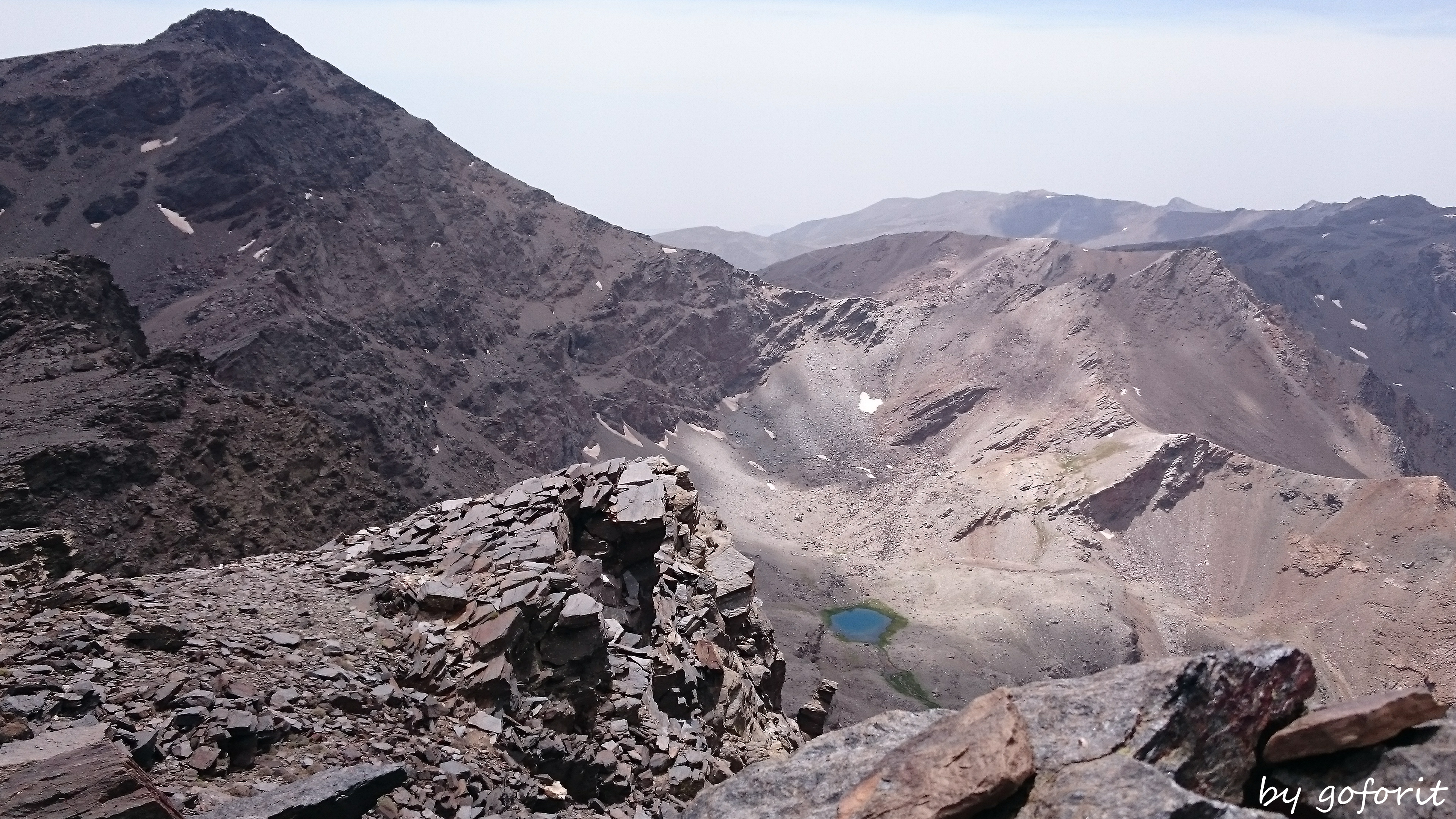 grandisose Aussichten mit Blick auf Mulhacéns Nordwand...
