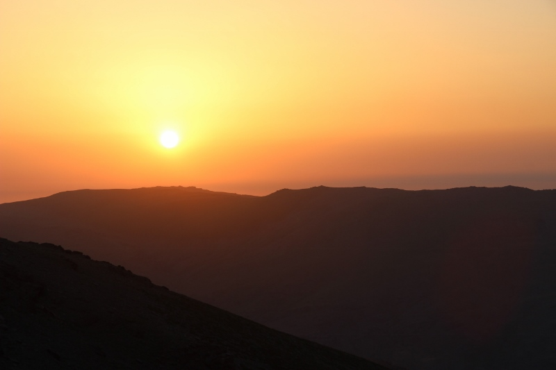 Nina hat es dann doch noch geschafft einen wunderschönen Sonnenaufgang zu knipsen, mir war es noch zu kalt... :-P